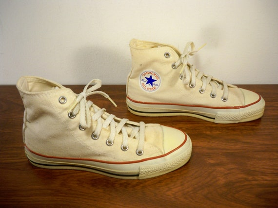 Vintage CONVERSE Chucks All Star Tan Canvas High Top Men's Boy's Shoes Sneakers Kicks Made in USA Size 2