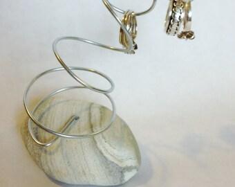 Anniversary Wedding Ring Holder Display, Swirled Grey Beach Stone Ring keeper, Coastal Home Decor Ring Saver