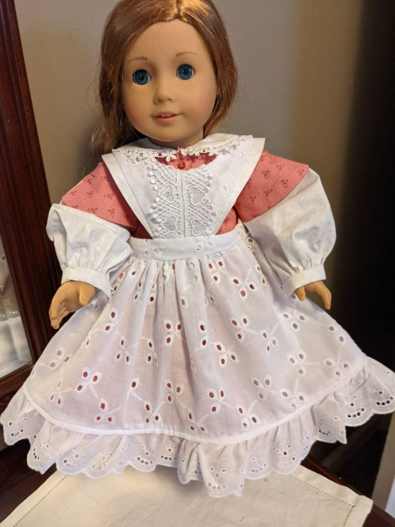 Pretty in pink school dress for the 1800/'s