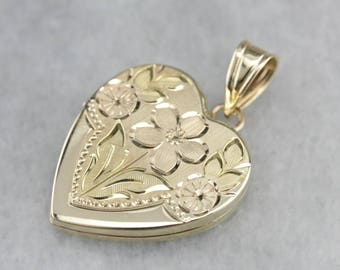 Vintage Gold Locket, Heart Shaped Locket, Floral Locket, Birthday Gift 885KYWHK-D