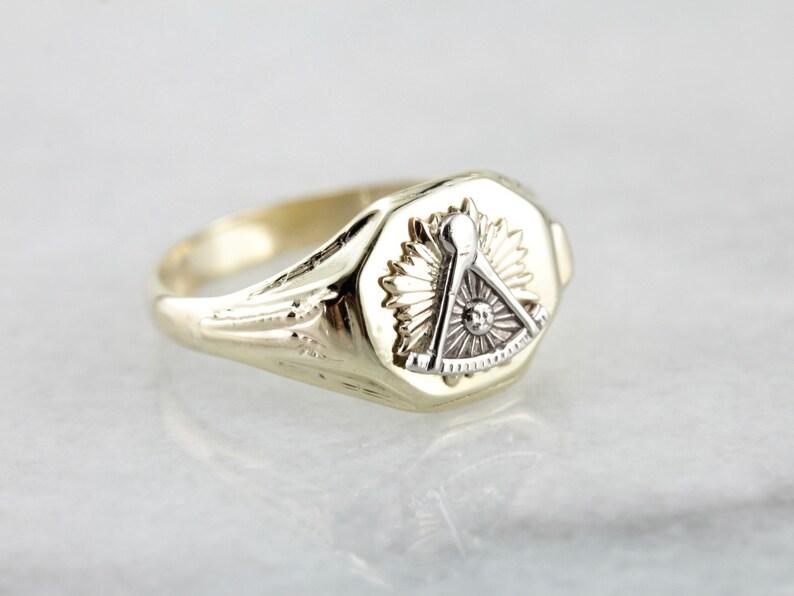 1e0f628a59de6 Men's Mixed Metal Masonic Ring, Yellow and White Gold Vintage Masonic Ring  VMF9XZ-N