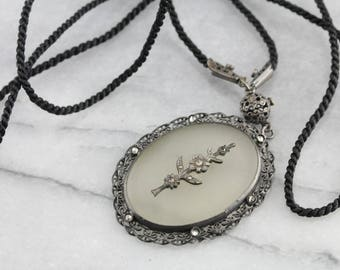 Art Deco Camphor Glass Necklace, Gothic Jewelry, Marcasite Pendant, Estate Jewelry RQ1CHU6A-D