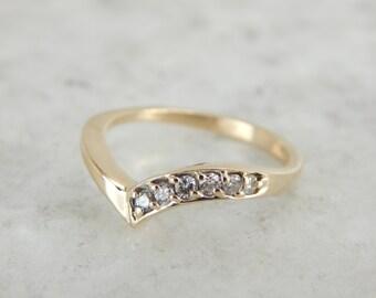 Curvy Diamond Band in Yellow Gold 1QNH0Q-N