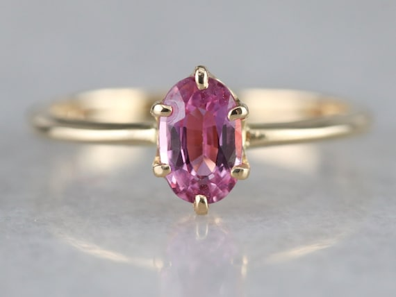 Vintage 10k Etched Hot Pink Lab Sapphire Solitaire Engagement Anniversary Birthday Right Hand Ring Size 6.25