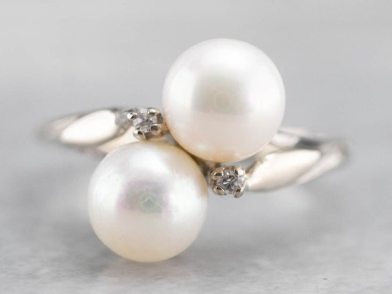 Vintage Pearl Bypass Ring, Pearl and Diamond Ring,