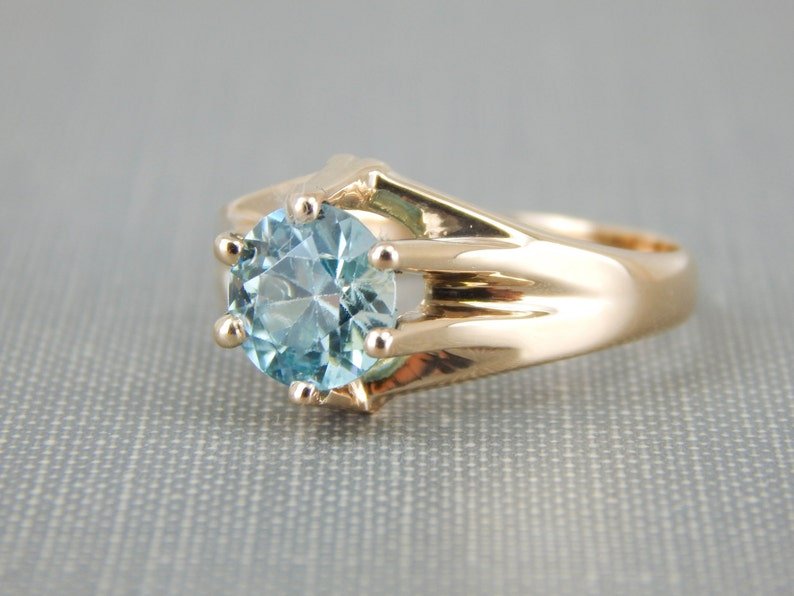 Layaway Blue Zircon Solitaire in Vintage Retro Era Gold Mounting 4YW46H-P RESERVEDSOLD