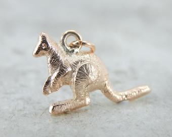 Textured 9 Carat Rose Gold Kangaroo Charm or Pendant WVKRFN-N