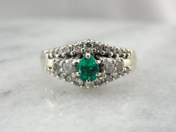 Emerald Cocktail Ring, Stunning Green Glitter! 4NY
