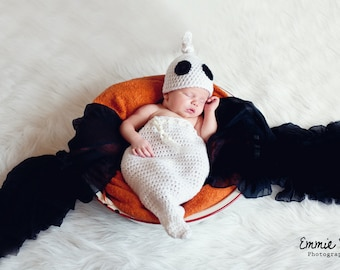 DIY Crochet Pattern - Ghost Swaddle Sack and Hat Set - Newborn Ghost Halloween Costume Crochet Pattern - Instant Download