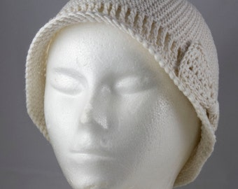 Lightweight Cloche in Ivory for Cancer Patients - Cancer Hat/Chemo Hat/Cancer Cap/Chemo Cap