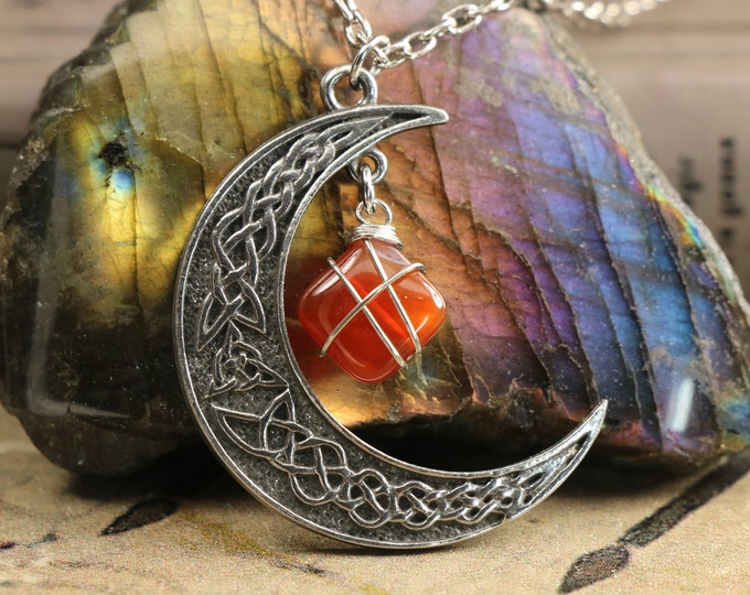 Carnelian Crescent Moon Necklace for Confidence