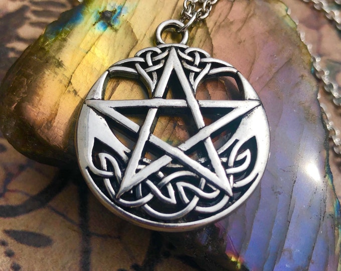 Wiccan Celtic Knot Pentacle Necklace