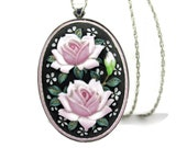 Toshikane Pink Roses Pendant Necklace Rose Bud HandPainted Arita Porcelain Pink Black Green Oval Brooch 925 Silver Pin Chain Flower Garden