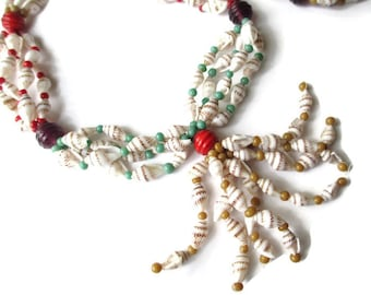 Vintage HIGBEE'S Cleveland  Red  Art  Glass Hawaiian Shell Lei Necklace