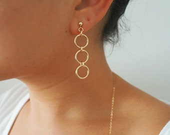 14k Gold Filled Trio of Rings Dangle Drop Stud Earrings
