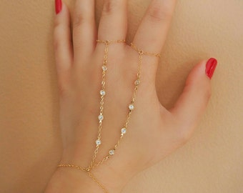 14k Gold Filled 8 CZ Diamonds Double Ring Hand Piece// Dainty Jewelry