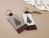 Christmas Keychain, Christmas Gift for Friends, Leather Keychain, Noel Tree, Keychains for Woman, Xmas Present for Her, Leather Accessory