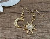 Mismatched Earrings, Moon Star Jewelry, Gold Celestial Earrings, Lightweight Asymmetric Dangle, Everyday Delicate Earrings, Birthday Gift