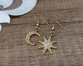 Mismatched Earrings, Moon Star Jewelry, Gold Celestial Earrings, Lightweight Asymmetric Dangle, Everyday Delicate Earrings, Birthday Gift