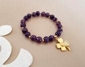 Amethyst Beaded Stretch Bracelet, Clover Charm Lucky Jewelry, February Birthstone, Healing Yoga Bracelet, Violet Gemstone Bracelet, Gift Her