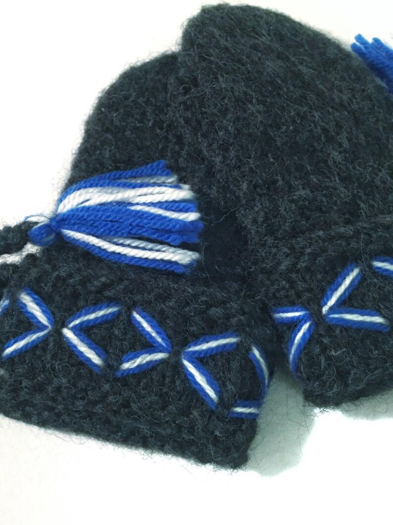 According to swedish tradition Very well made Genuine Lovikka mittens Handcraft Children size 5-8 years.