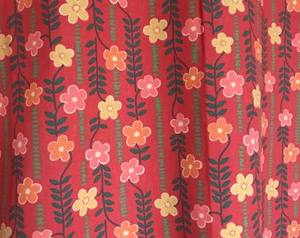 70s swedish vintage fabric Floral print Colorful retro fabric Borås Cotton Red pink mod textile Scandinavian design floral pattern sewing