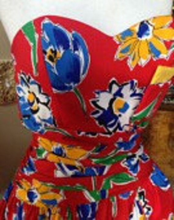 1980's Flirty Fun Floral Party Dress Special Times