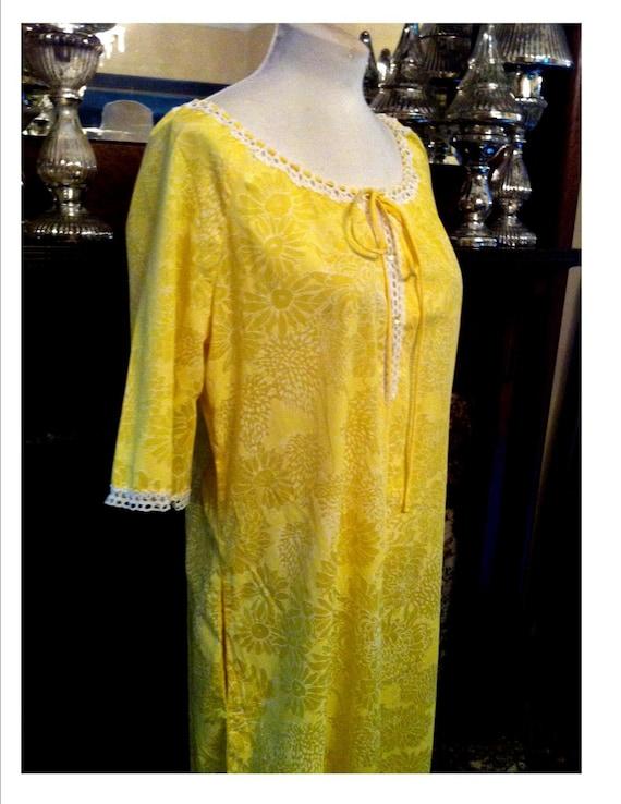 Vintage Lilly Pulitzer Sunny Lemon Yellow Loungewe