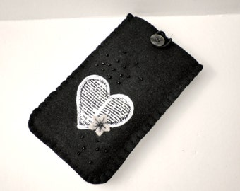 Black felt case, Eyeglass case, iphone case, Smartphone case, Gift for her, Felt case, Unique gifts, Handmade phone case