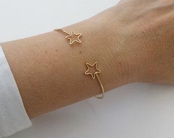 Βραχιόλι επίχρυσο με αστέρια / Gold plated bracelet with stars