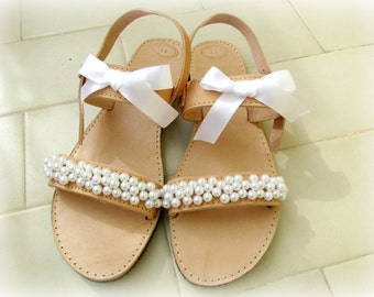 Wedding sandals / White pearl sandals / Bridal sandals / Greek leather sandals / Summer shoes / Bridal party  / Beach wedding / White flats