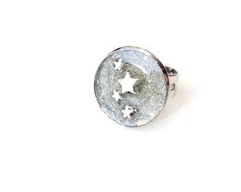 Silver adjustable celestial resin ring - Stars glitter ring - Cocktail ring- Round adjustable ring- Summer ring - Minimalist ring