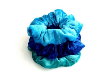 Blue velour scrunchies, Set of 3 scrunchies, Handmade scrunchies, Hair Accessories, Scrunchie Gift Set, 3 pack scrunchies, Gift for her