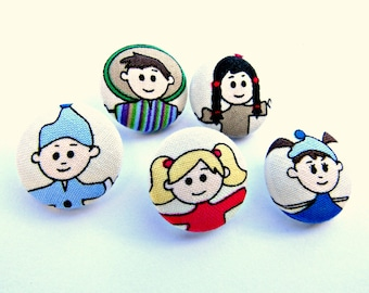 Kid fabric buttons / Set of 5 covered buttons / Fun buttons / Sewing buttons / Children face fabric buttons / Size 36 22mm