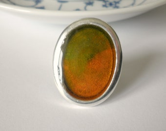Oval resin ring -Orange and green ring -Spring ring - Adjustable ring - Orange green adjustable ring - Cocktail ring -Minimalistic ring
