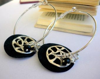 Silver hoop earrings - Black leather earrings  - Big hoop earrings - Hoop filigree earrings - Everyday earrings - Black leather earrings