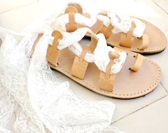 White lace sandals, Wedding sandals, Lace up Bridal shoes, Beach wedding shoes, Toe ring gladiator sandals, Wedding sandals, Summer flats