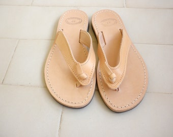 Greek leather sandals -Ancient Greek leather sandals - Women sandals - Beach shoes - Natural leather sandals - Beach flip flop sandals