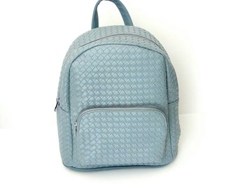 Γαλάζια τσάντα πλάτης / Light blue backpack