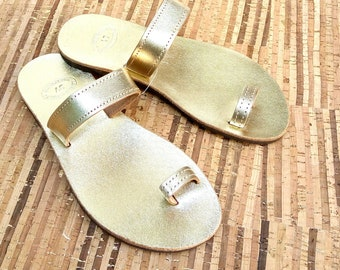 Gold leather sandals, Ancient Greek sandals, Bridal gold sandals, Toe ring sandals, Summer women shoes, Wedding sandals, Beach party shoes