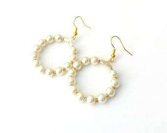 Gold hoop earrings, Pearl beaded hoop earrings, Bridal hoop earrings, Dainty pearl earrings, Elegant earrings, Birthday gift