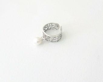 Δαχτυλίδι ασημί με μαργαριτάρι / Silver ring with freswater pearl