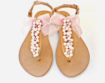 Σανδάλια με ροζ πέρλες και φιόγκο / Leather Greek sandals decorated with pink pearls sandals