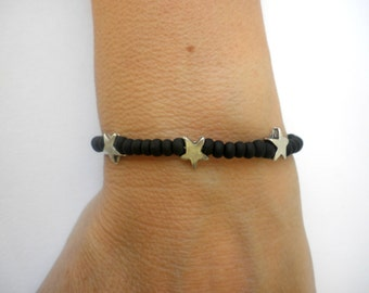 Black beaded bracelet  - Bracelet with metal stars - Minimal black beaded bracelet -Black bracelet - Unisex bracelet