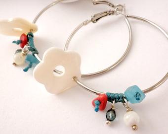 Beaded hoop earrings- Mother of pearl flower earrings - Beach jewelry - Summer earrings -Flower hoop earrings - Boho beaded hoop earrings