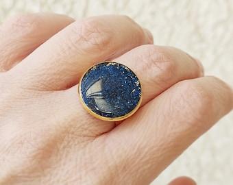 Blue adjustable gold ring, Bleu glittered resin ring, Round adjustable ring, Gold plated adjustable ring, Summer ring, Minimalist ring