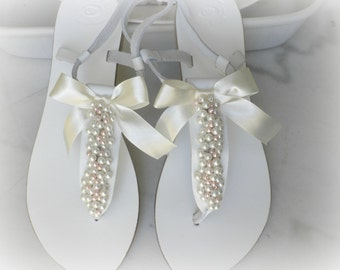 Wedding leather sandals, White sandals decorated mix ivory pink pearls,Bridal party,Summer flats,Beach wear, Pearls sandals, Bridal shoes