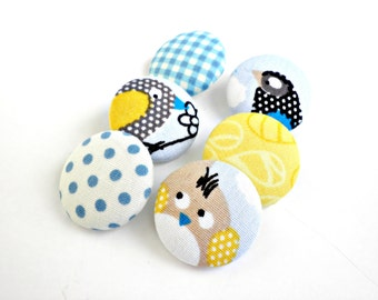 Fabric covered buttons- Bird buttons- Sewing buttons- Size 45 28mm 1 1/8inch -Blue yellow kids buttons- Polka dot buttons Multicolor buttons