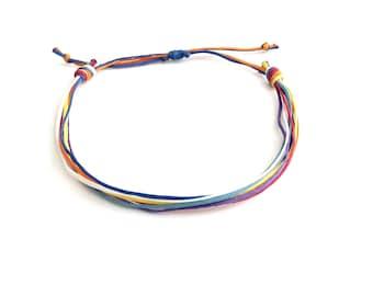 Βραχιόλι με πολύχρωμα κορδόνια / Rainbow multi strand string bracelet
