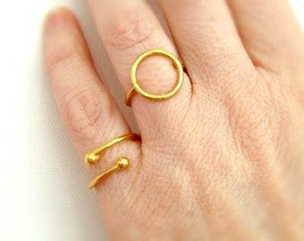 Επίχρυσο δαχτυλίδι βέργα με μπίλιες / Gold plated ring with balls